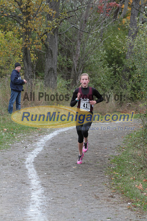 Girls Reserve at 1 Mile - 2013 MHSAA D1 Region 7 Waterford