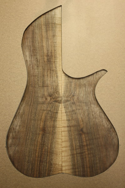 English Walnut 1-001