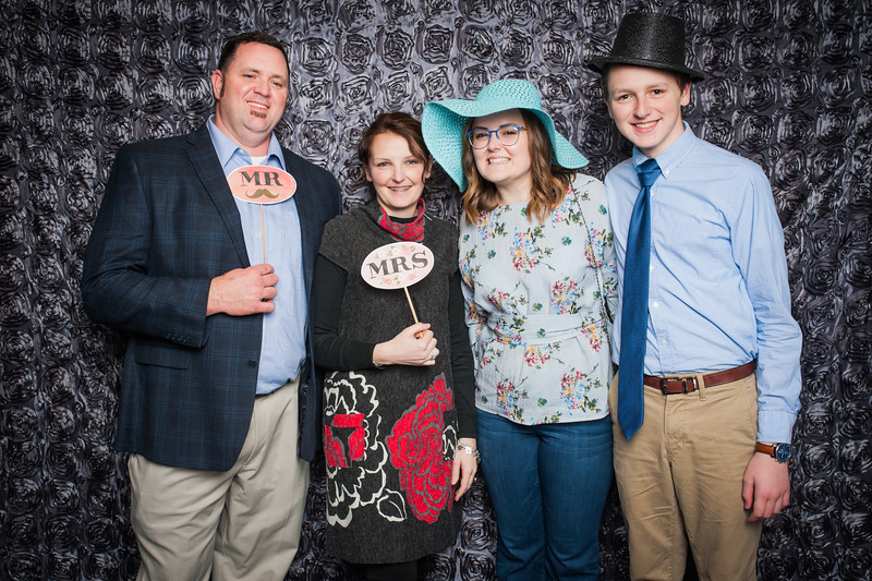 Lynn + Nancy Photobooth-50.jpg