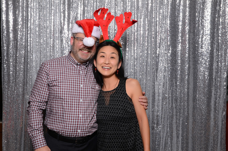 nwg residential holiday party 2017 photography-0158.jpg