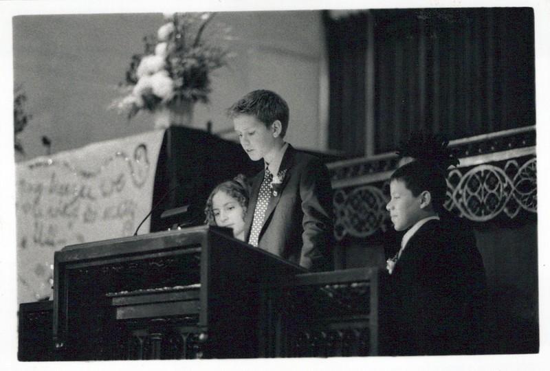 Chris' Oaks Graduation_0020_a.jpg