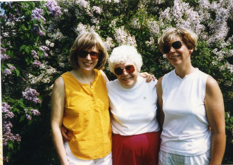 Grandma187.jpg