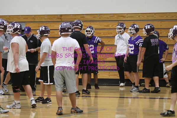 2012 RTHS HUBS VARSITY FOOTBALL WALK THROUGHS BEFORE LINCOLN WAY WEST