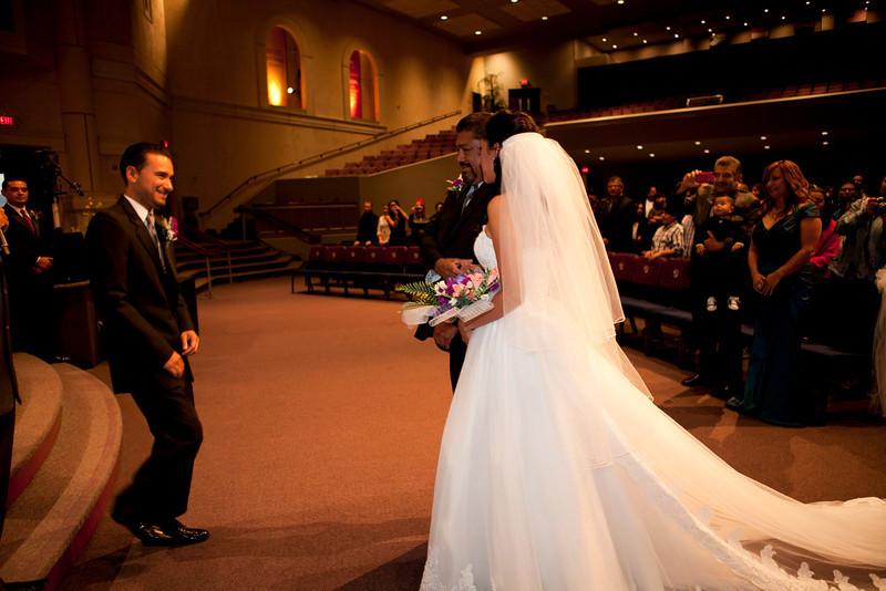 2011-11-11-Servante-Wedding-89.JPG