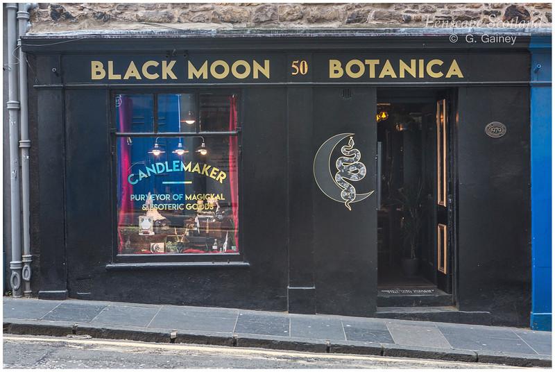 Black Moon Botanica magical goods, Candlemaker Row