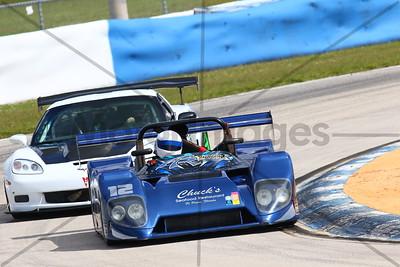 12 SPORTS RACER