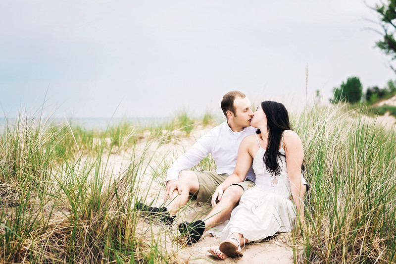 little-sable-point-engagement (46).jpg