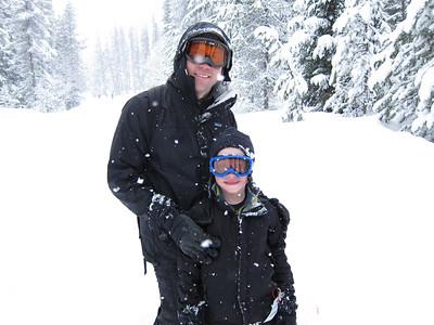 Snowshoeing at Trillium Lake