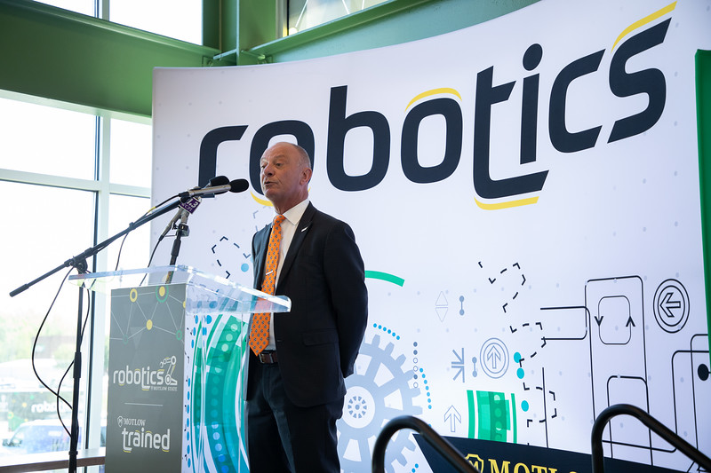 Robotics Grand Opening-8792.jpg