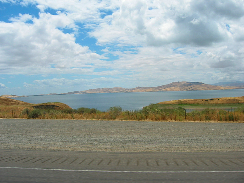 06 - More of the landscape on our drive.jpg