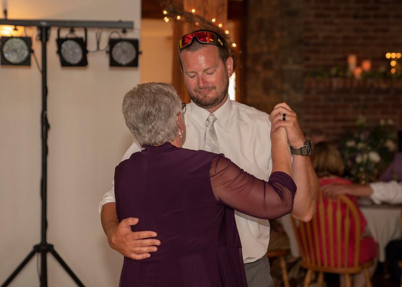 Hartman-Wedding-r-0694.jpg