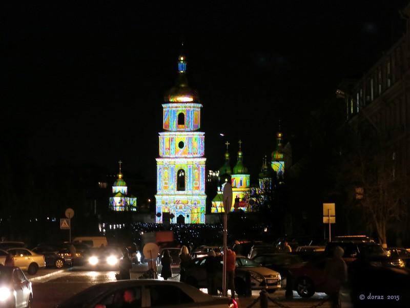 14 Kyiv, Sobor Sviatoyi Sofiyi by night.jpg