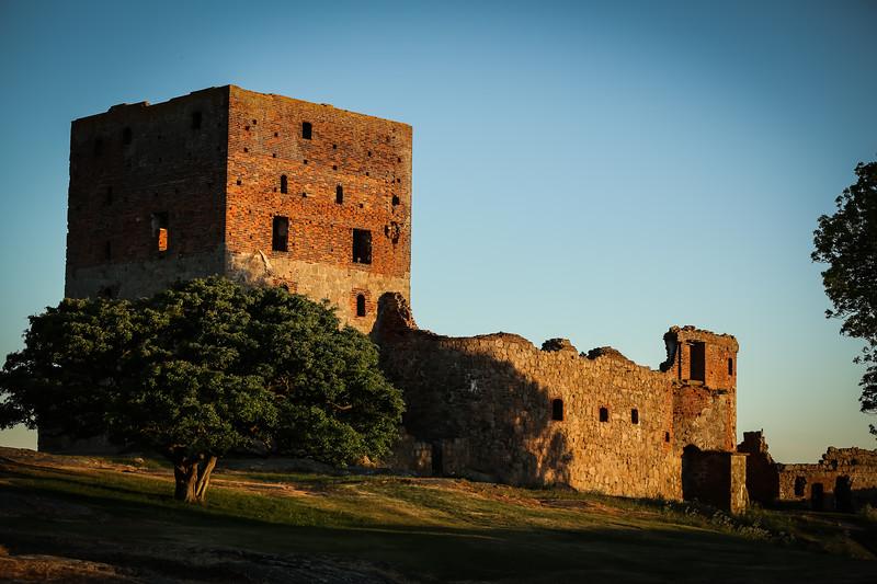 Castle EDITS 6.6.18 (59 of 114).jpg