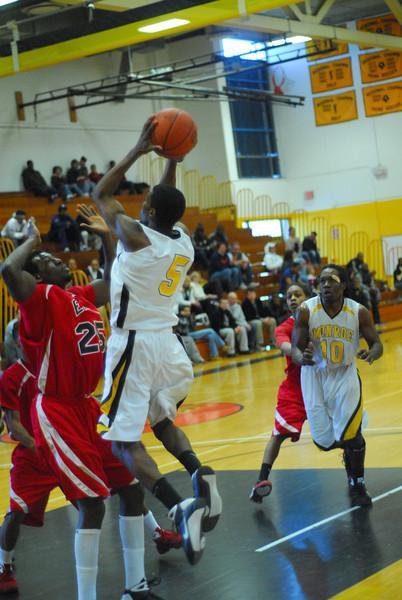 20090301_MCC Basketball_5658.JPG