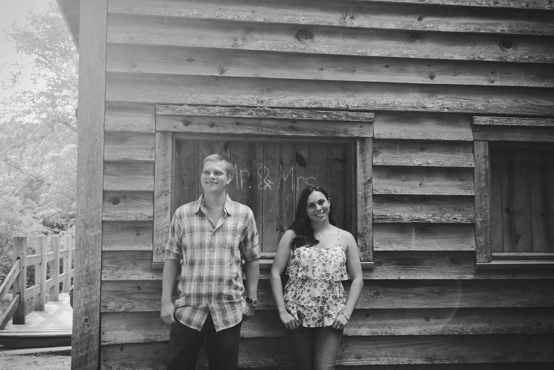 elizabeth-stephen-engagement-7.jpg