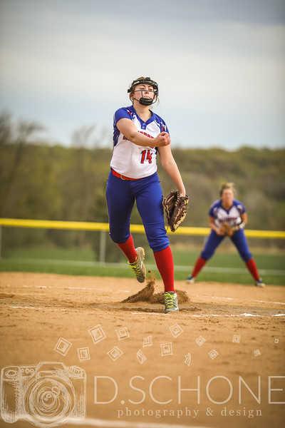 Maggie Wallin Softball-22.JPG