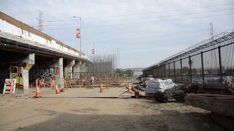 2015-01-09_Bridge construction_01 (8).MOV