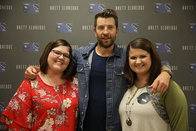 Brett Eldredge M&G | 10.04.18 | Southhaven, MS