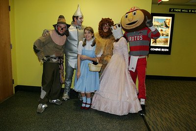 Wizard of Oz with Gee Character Photos