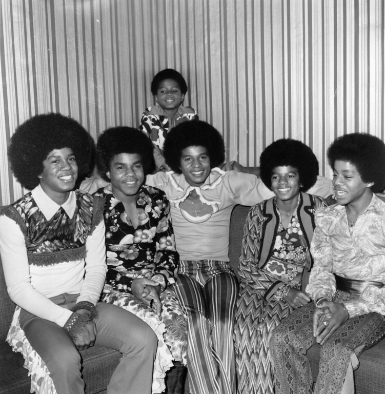 . Soul pop group the Jackson Five, comprising of the Jackson brothers (left to right) Jermaine, Tito, Jackie, Michael, Marlon and at the back, Randy.    (Photo by William Milsom/Getty Images)