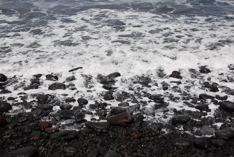 Rocky beachline near Pololu Valley, Hawaii