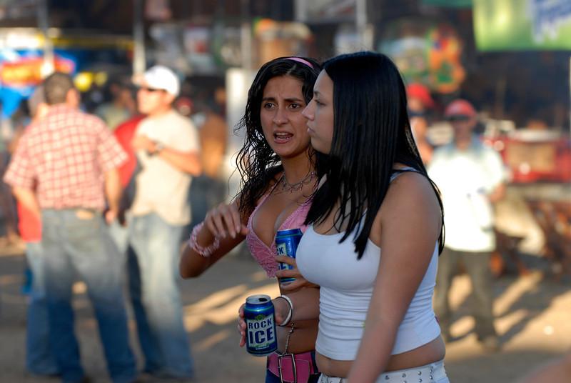 080126 0367 Costa Rica - Palmares Fiesta _P ~E ~L.JPG
