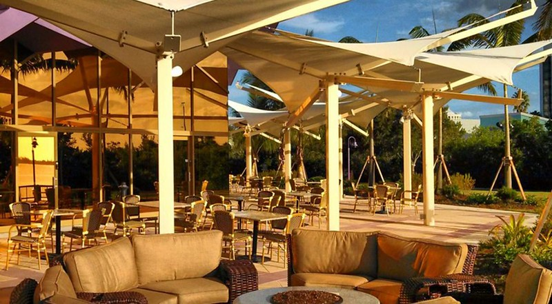 Van_Wezel_terrace_SA72hN6ZhLY-ITWaZ3XL_tu18q0ABlZBh.jpg