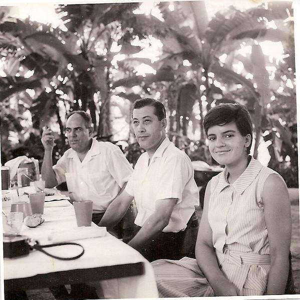 Nos cavalos no Dundo Melim, Victor Santos e Ginhinha Almeida Santos