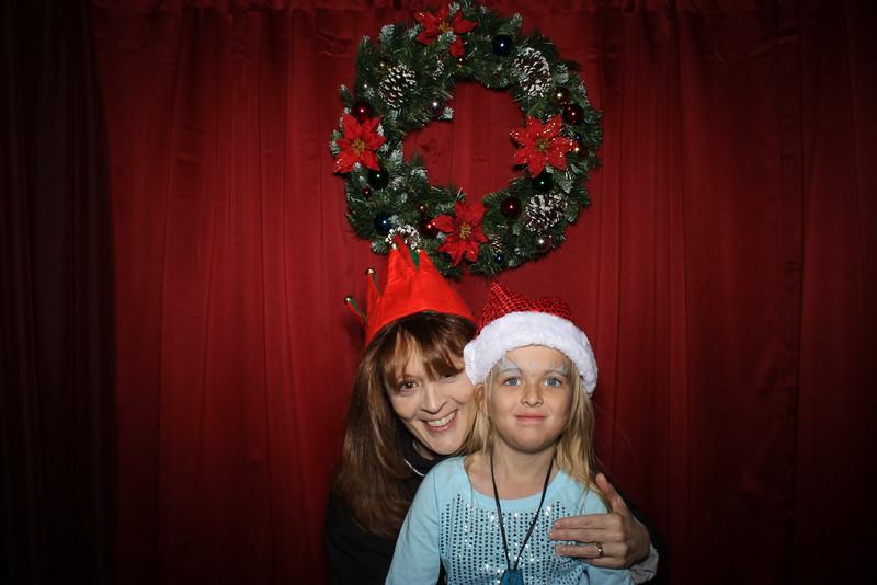 Good Shepard Lutheran School Christmas Boutique 2014-175.jpg