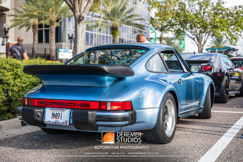 2017 10 Cars and Coffee - Everbank Field 257B - Deremer Studios LLC
