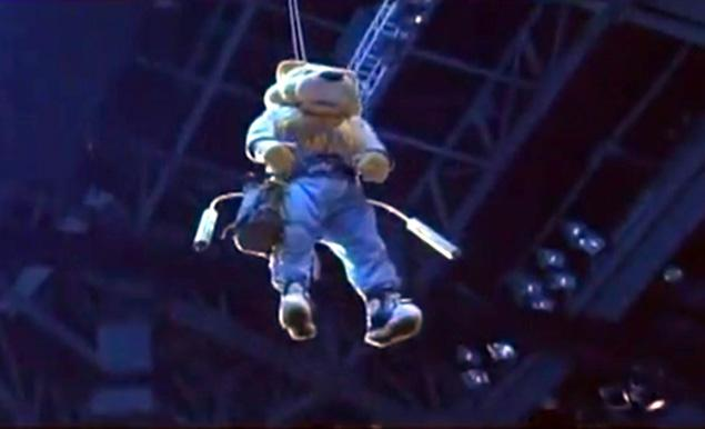 ". <p>8. ROCKY THE MOUNTAIN LION <p>Denver Nuggets have really gotten the hang of pregame intros. (unranked) <p><b><a href=\'http://www.buzzfeed.com/michaelrusch/unconscious-denver-nuggets-mascot-lowered-onto-game-floor-ho\' target=""_blank\""> HUH?</a></b> <p>   (Photo from YouTube)"