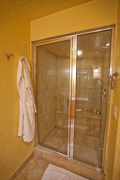 Steam shower in the 3rd bathroom.