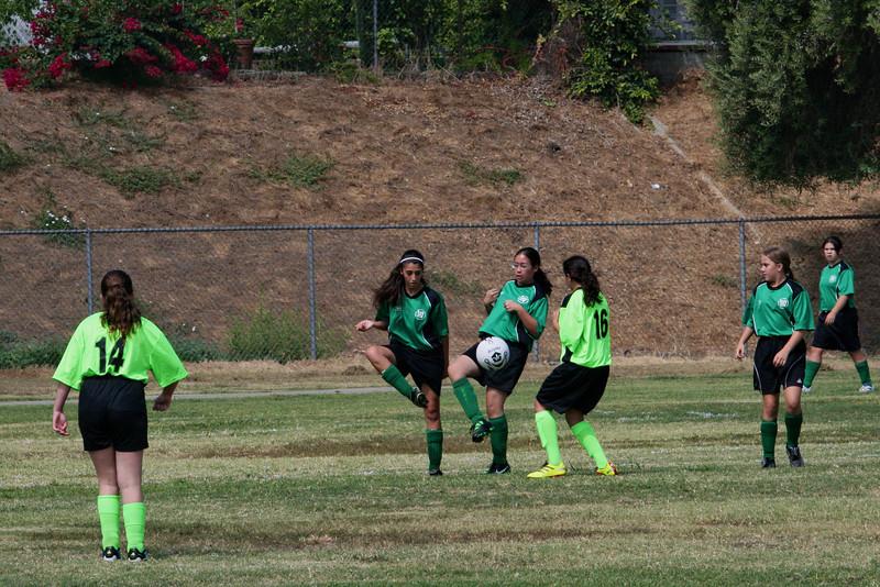 Soccer2011-09-17 11-27-24.JPG