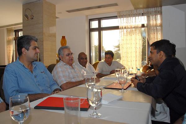 Lunch at Fine Dine, Chowpatty, Mumbai 6th Jan'08