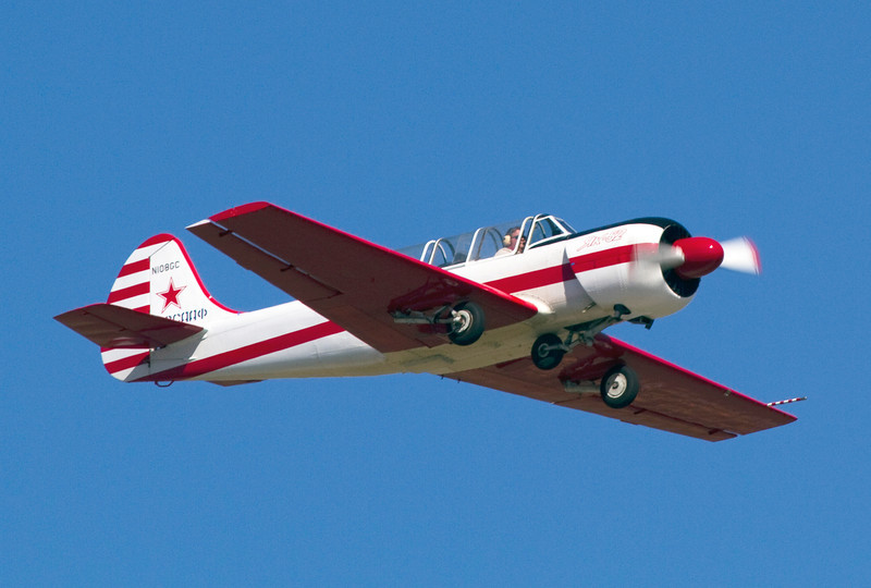yak52airplane.jpg