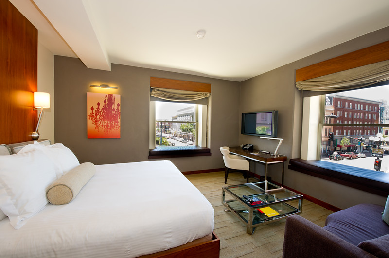 110510_andaz_sd_rooms-94.jpg