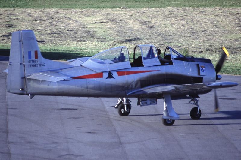 G-TROY-NorthAmericanT-28AFennec-Private-EKSB-2000-06-16-IK-21-KBVPCollection.jpg