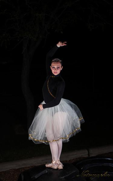 Lindsay Dance-300 rev A.jpg