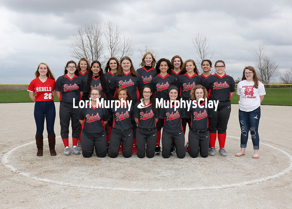 SN Softball Team 2017