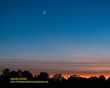 Crescent Moon Venus and Jupiter 2019