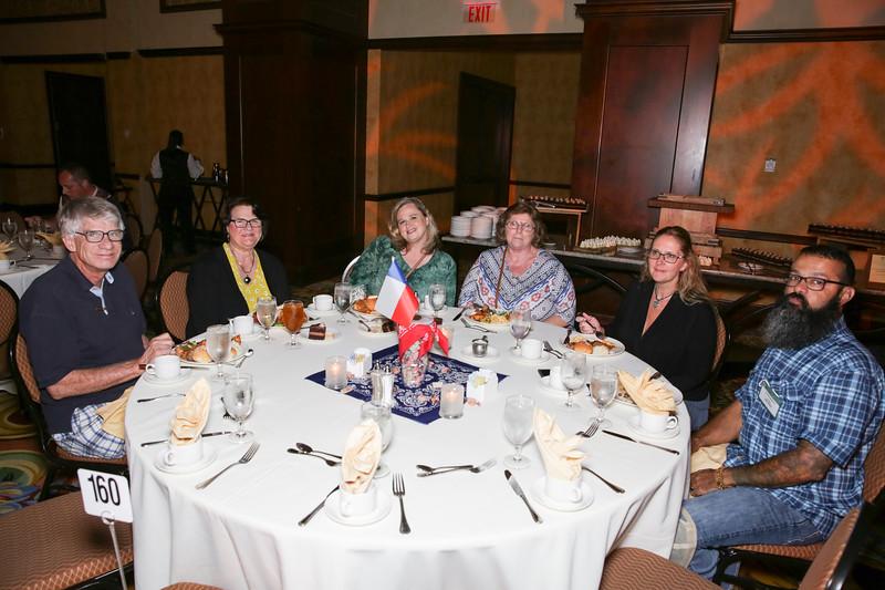 Banquet Tables 180833.jpg