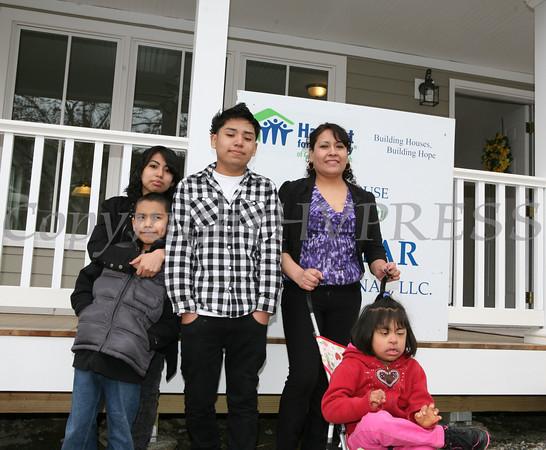 Habitat Luna Family