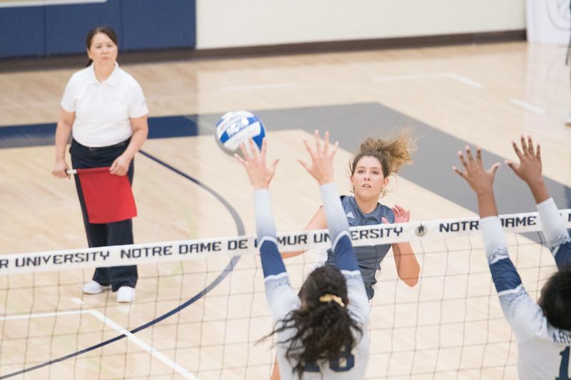 HPU Volleyball-92384.jpg