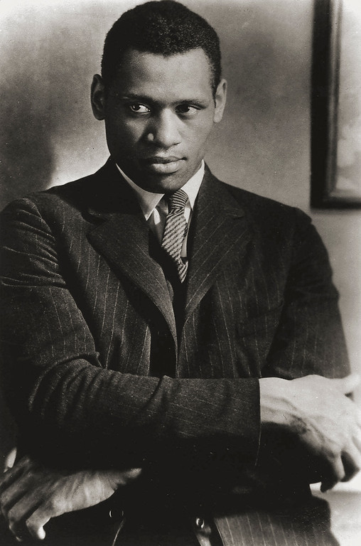 ". Actor Paul Robeson, photographed at Madame St. Georges studio in London in 1925, was performing in Eugene O\'Neill\'s ""The Emperor Jones\"" in London\'s Ambasssador Theater that year. Robeson\'s career as an actor, singer and political activist was the subject of \""Paul Robeson: Here I Stand,\"" Feb. 24, 1999 on WNET\'s American Masters series. (AP Photo/Courtesy Paul Robeson Jr.)"
