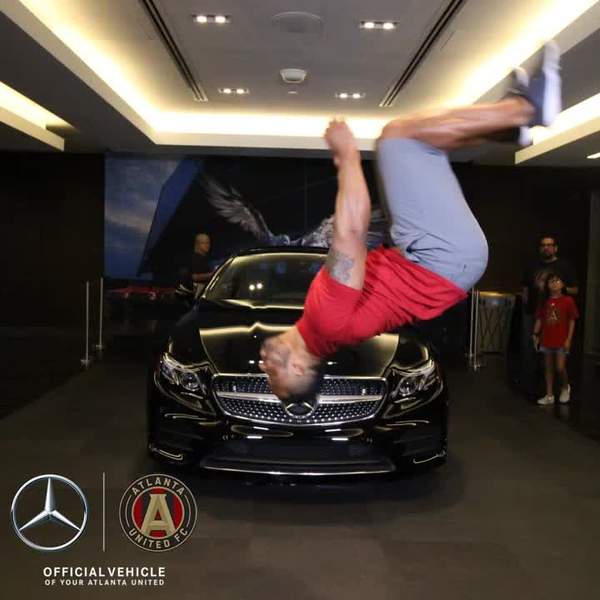 Mercedes_0008.mp4