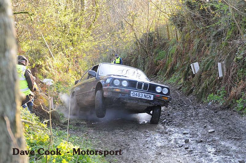 Jonathon Elliot's BMW 318i struggles to get away from the restart.