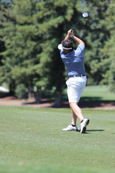 Momentum Golf Benefit-332.jpg