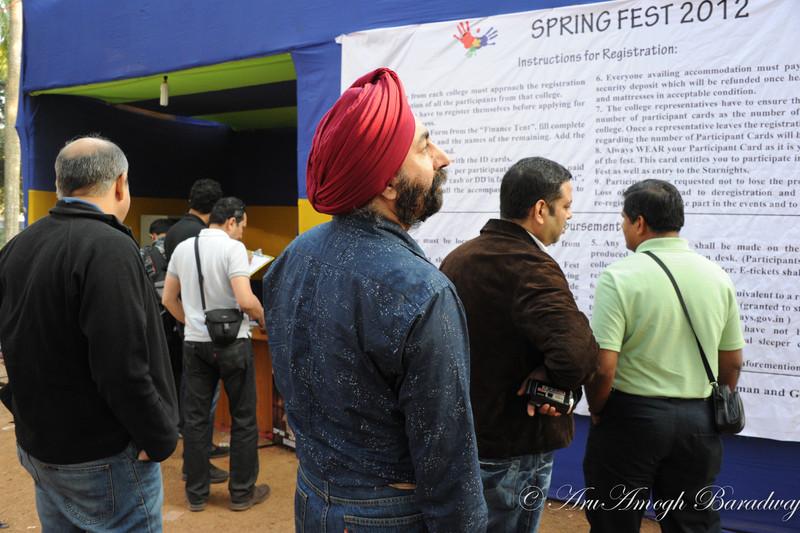 2012-01-21_HarrysAndTourOfCampus@IITKGP_021.jpg