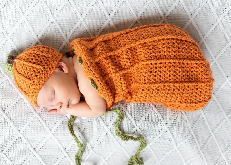 Beckett Newborn-50.jpg