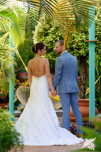 Danielle-Kirk-3-Newlyweds-47.jpg